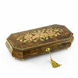 Magnificent Three Pink Roses 22 Note Musical Jewelry Box