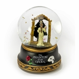 Phantom of the Opera � Phantom and Christine Mirror Scene Musical Water Globe