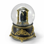 Phantom of the Opera � Phantom Stepping Through Mirror Water Globe