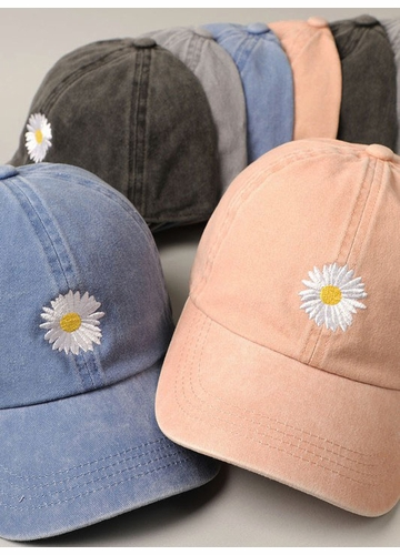 Daisy Embroidered Baseball Hat