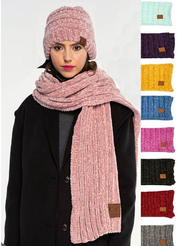 Ribbed Knit Chenille CC Scarf