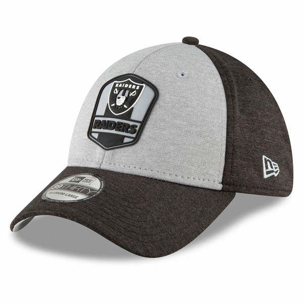 Raiders New Era 39Thirty 2018 Official Sideline Road Cap