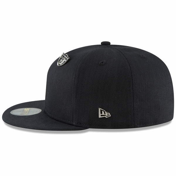Raiders New Era 59Fifty Black Label Essential Pin Cap