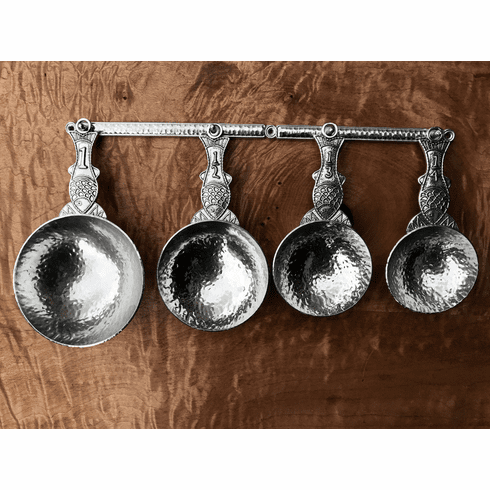 Fish Measuring Cups with Wall Strip