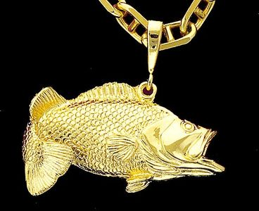 Large Mouth Bass Pendant-Full Round