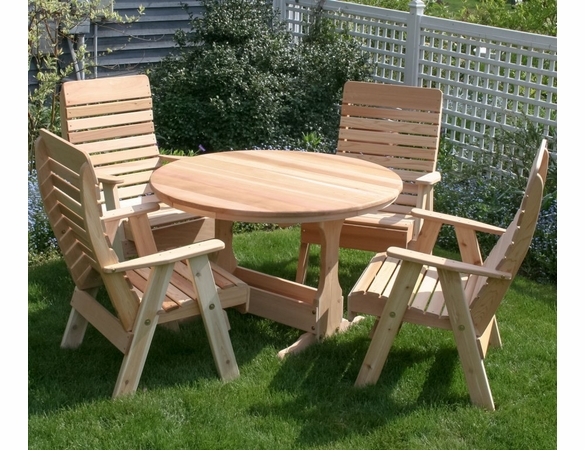 Cedar Backyard Estate Patio Dining Set