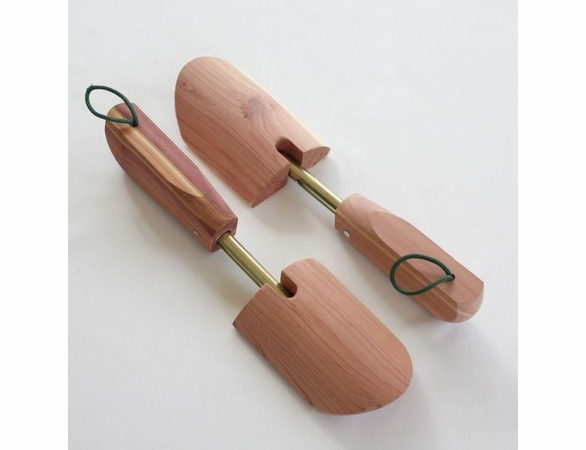 Women's One-Size Aromatic Cedar Shoe Tree - 2 sets of 2