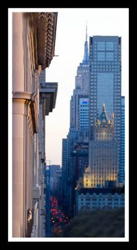Palemale on Linda with Empire State Building.