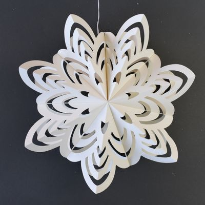 10 Inch White Enchanted Holiday Premium Handcrafted Paper