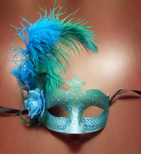 Alexandra Feather Masquerade Mask