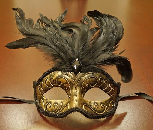 Antique Gold Feather Mask