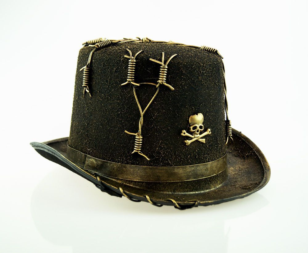 Barbed Wire Top Hat Gold