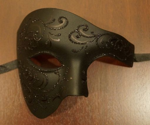 Black Phantom Masquerade Mask