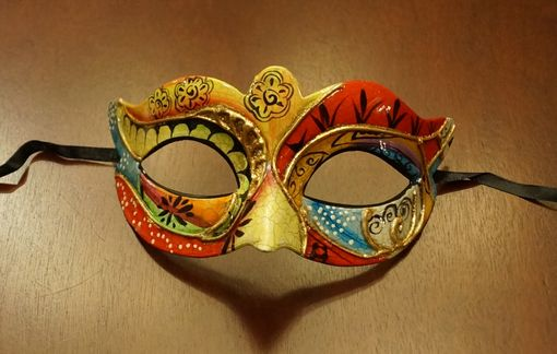Camilla Masquerade Mask Red