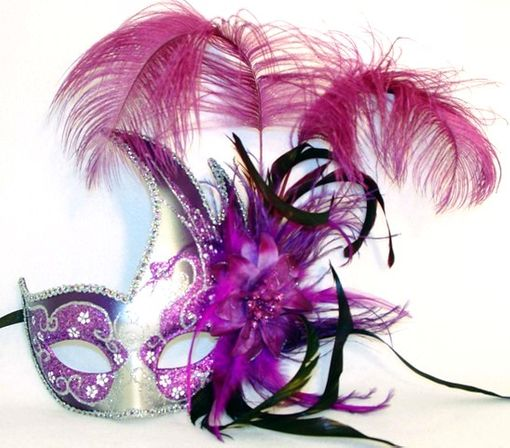 Purple Carnival Swan Masquerade Mask With Feathers