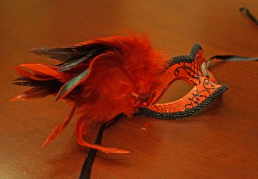 Red Classita Carnival Masquerade Mask Red With Feathers