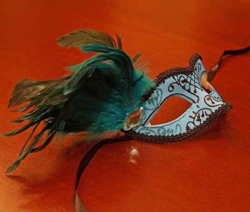 Classita Carnival Masquerade Mask Light Blue With Feathers