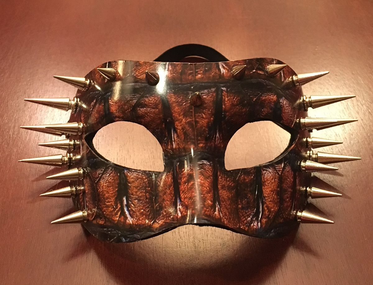 Crocodile Skin Spiked Mask With High Gloss Graphics Cosplay Costume Mask