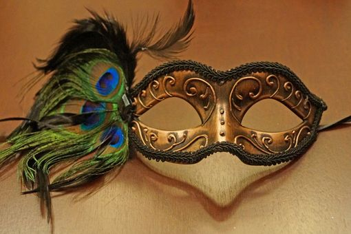 Del Rio Carnival Masquerade Mask Bronze With Feathers