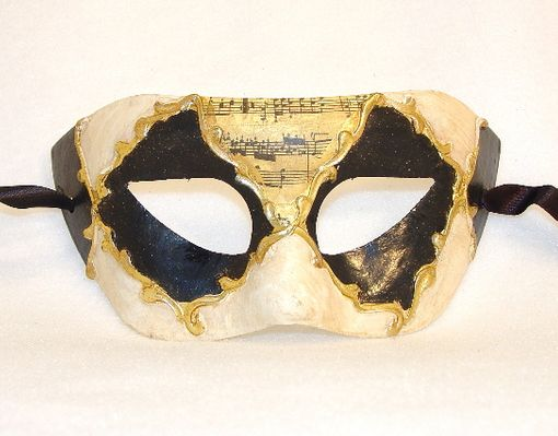 Diamond Eye Musica Mask