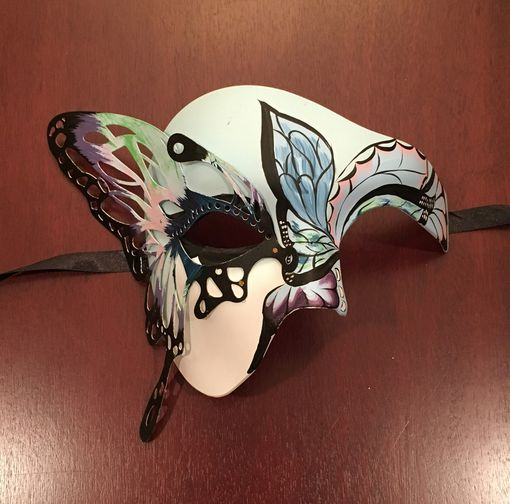 Epria Butterfly Mask
