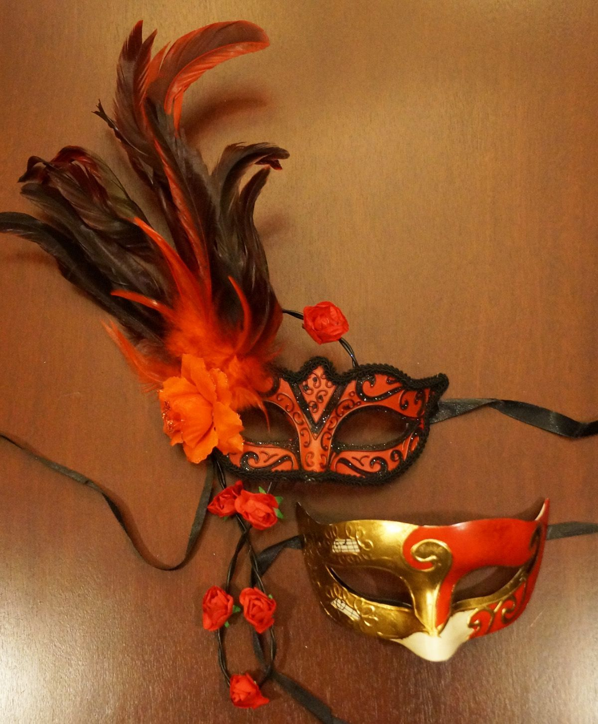 Exposure Couples Masks Red