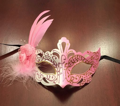 Feather Eye Mask Pink