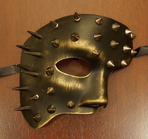 Gold Spiked Phantom Mask
