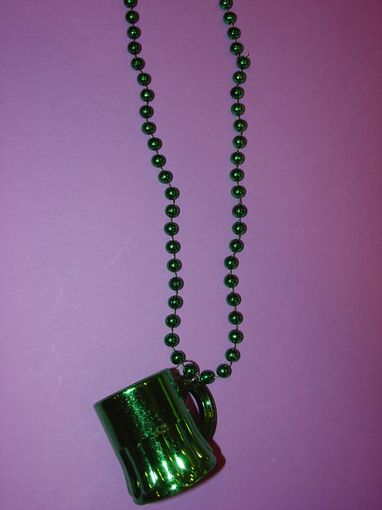 "Green Mug 33"" Necklace"