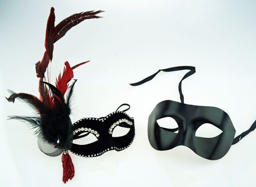 Jasmine His & Hers Couples Masquerade Mask Set