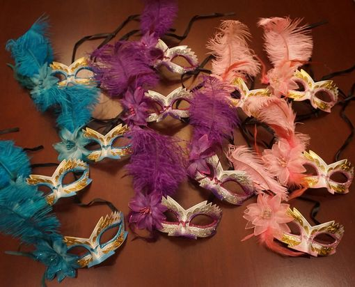 Karin Feather Masquerade Mask Party Pack