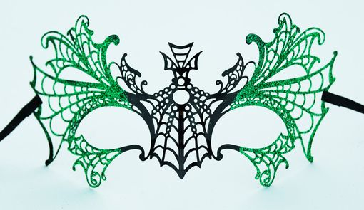 Lazer Cut Metal Halloween Mask With Green Glitter