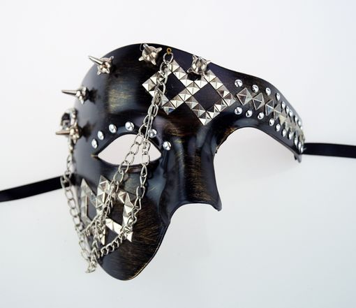 Phantom Spike Mask