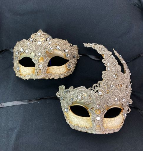 Luxury Embroidered Masquerade Couples Masks Silver