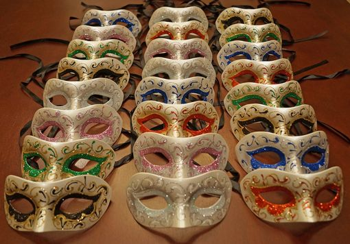 Macina Masquerade Mask Party Pack