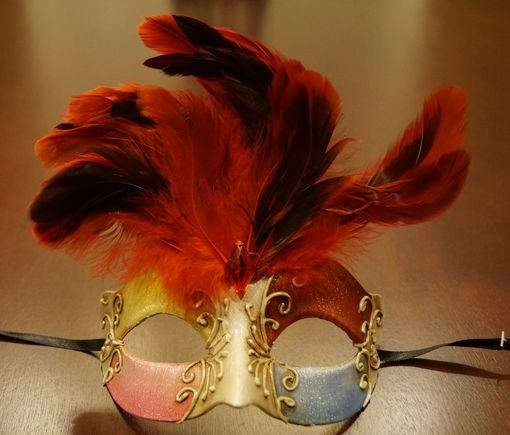 Maraca Masquerade Mask Red