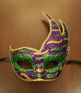 Mardi Gras Luna Mask Purple
