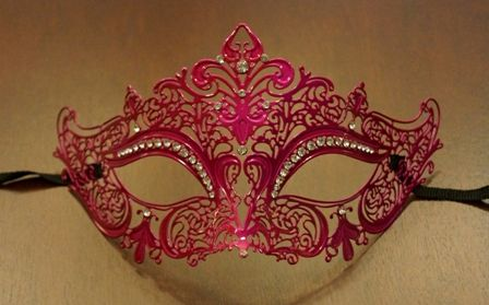 Masquerade Lazer Cut Mask In Pink