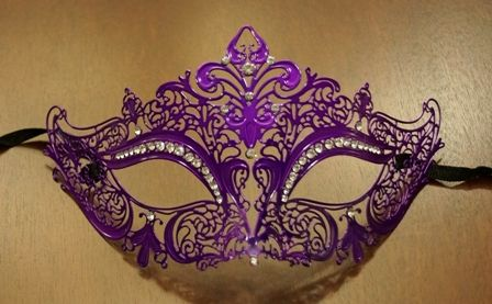 Masquerade Lazer Cut Mask In Purple