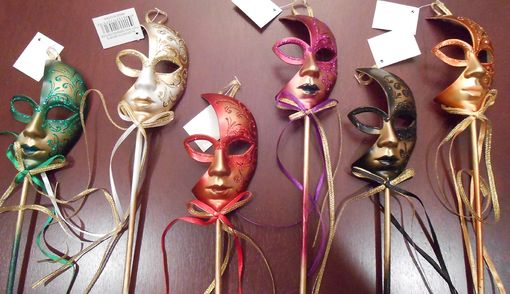Masquerade Mini Mask Party Pick Set