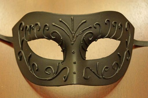 Men's Black Masquerade Mask