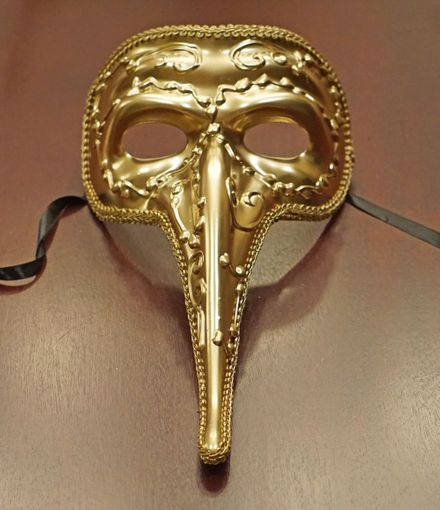 Men's Gold Long Nose Masquerade Mask