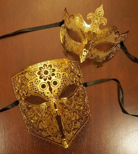 Infusion Couples Masquerade Mask Set
