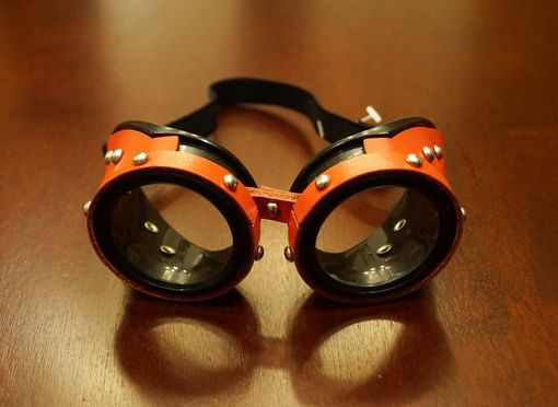 Metron Red Goggles