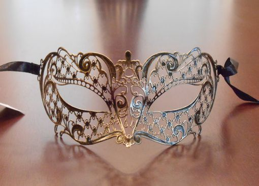 Miraku Metal Masquerade Eye Mask