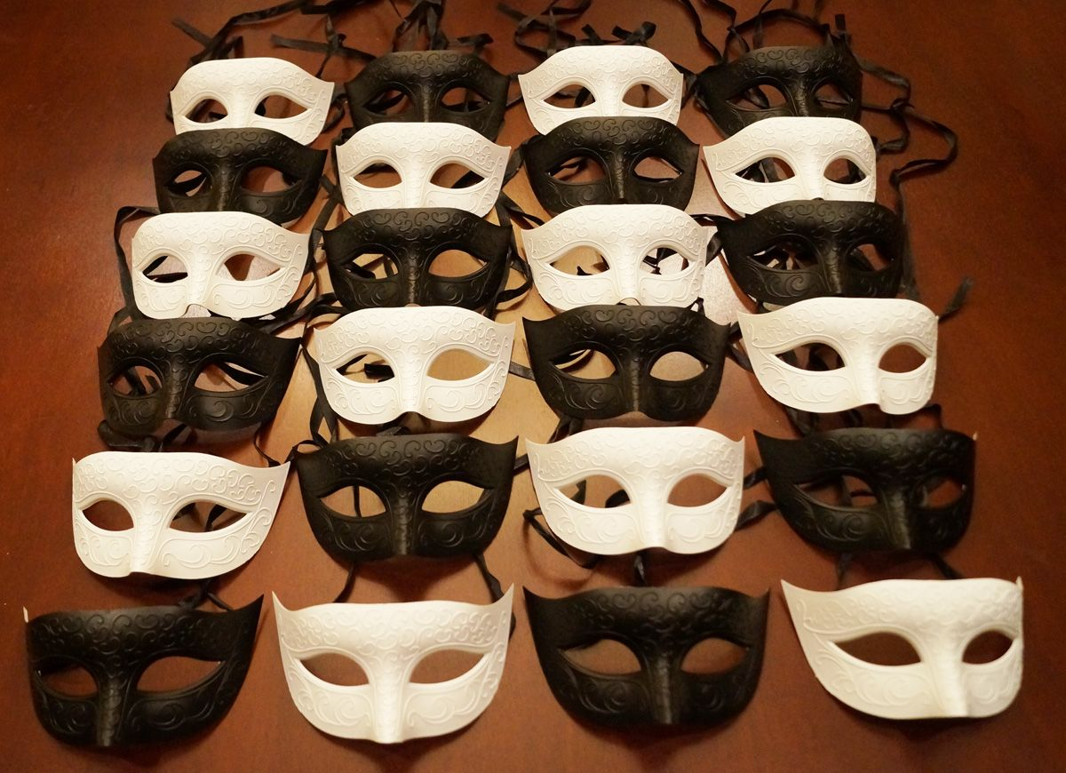 Black And White Ball Mask Party Pack