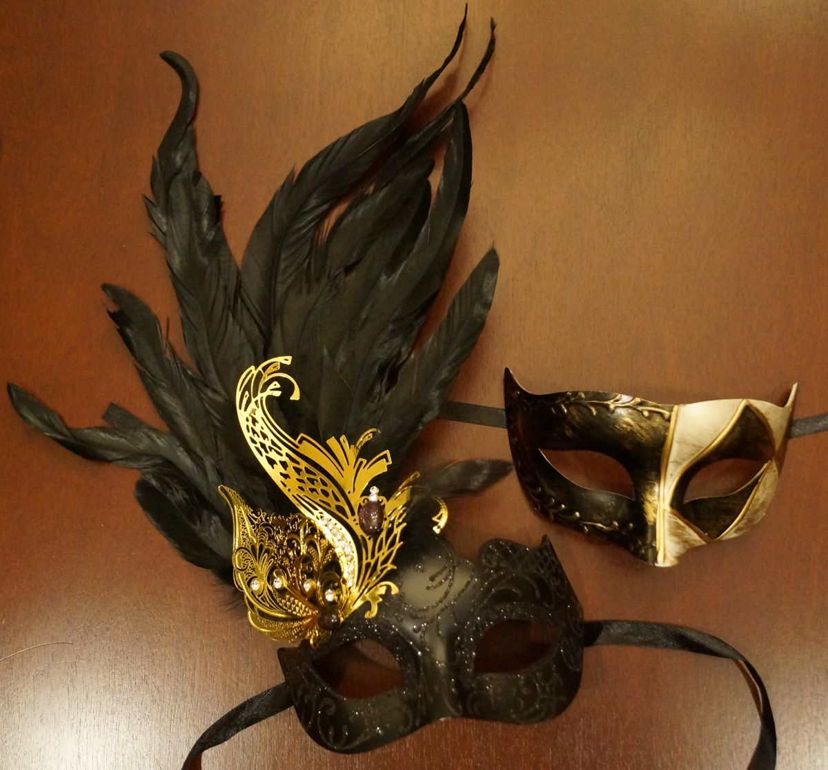 Sophia Couples Mask Set