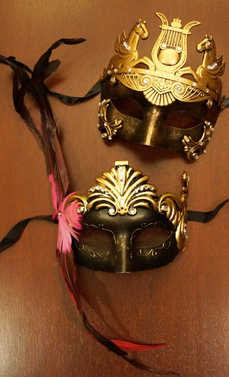 Roman Couples Masks Gold