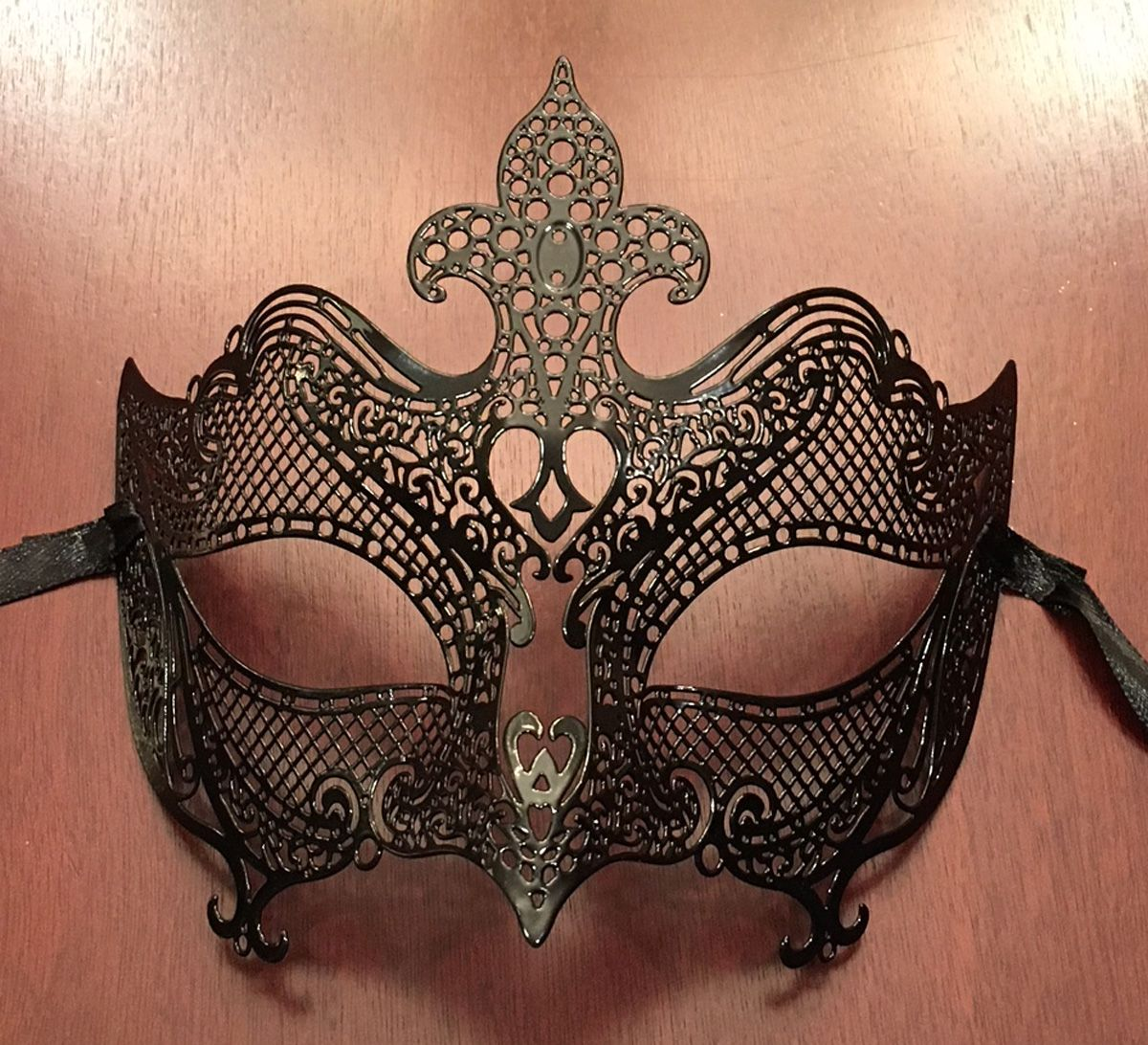 Natalia Black Metal Mask