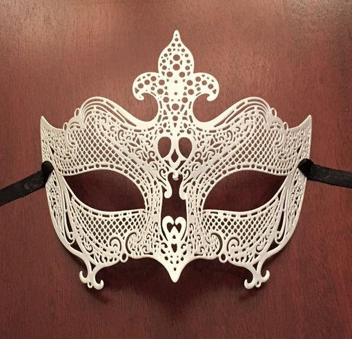 Natalia Metal Mask White
